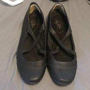 Life stride womens shoes size 10